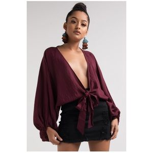 LEXIE WRAP TOP
